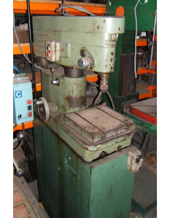 Bench type drill machine EN