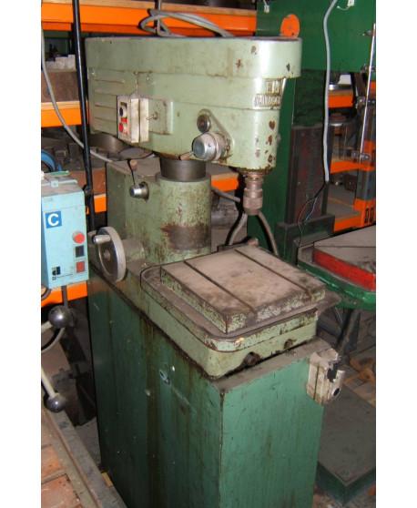 Bench type drill machine EN