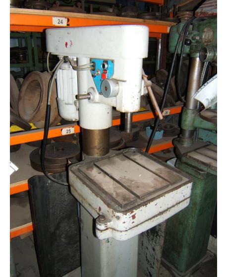 Bench type drill machine PRECIS 13 mm