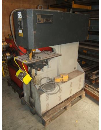 Hydraulic punchig machine...