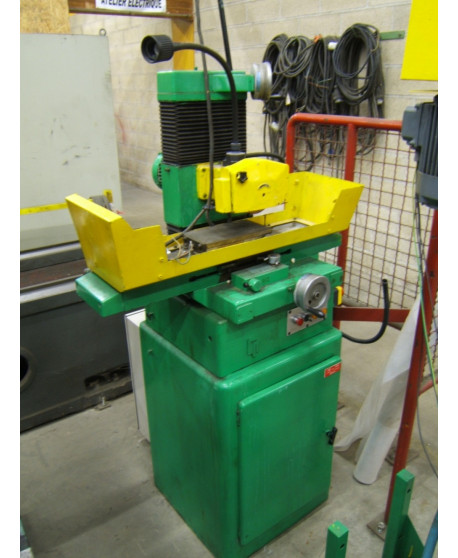 Surface grinding machine with rectangular table LIP PLH